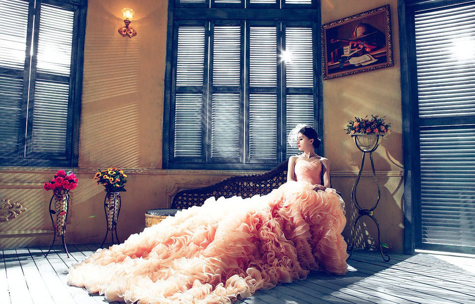 bridal wedding dresses and gowns