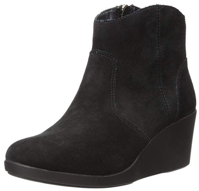 Crocs Women's Leigh Suede Boots