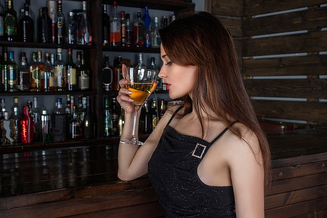 girl with alcohol